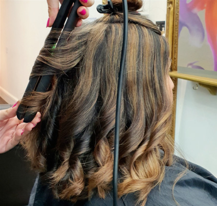 Hairdresser services in Headingley