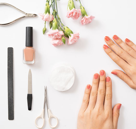 Manicure services in in Headingley